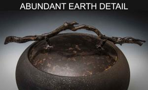 ABUNDANT-EARTH-DETAIL