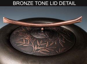 BRONZE-TONE-LID-DETAIL